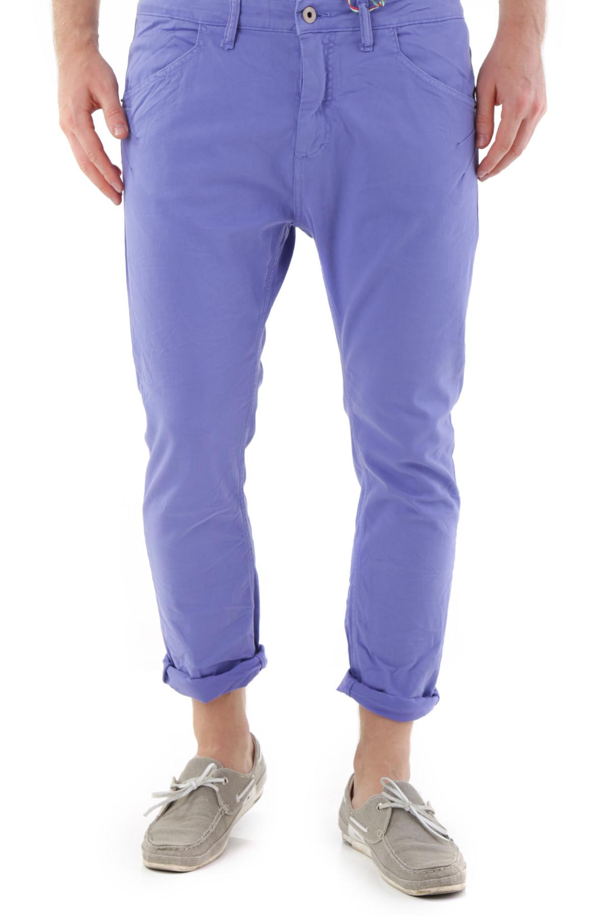 525 Pantaloni Muži